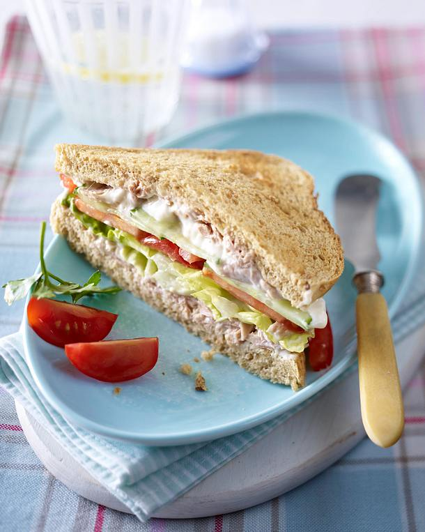 vollkorn sandwich mit thunfischcreme rezept lecker. Black Bedroom Furniture Sets. Home Design Ideas