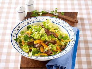 Warmer Rosenkohl-Salat mit Steakstreifen Rezept