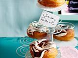 Weihnachts-Donuts mit Konfitüre-Schmand-Guss Rezept