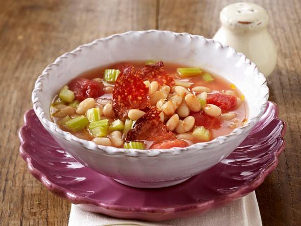 Weiße Bohnensuppe mit Chorizo-Wurst Rezept