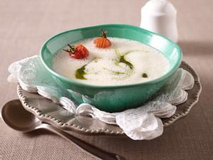 Weiße Tomatenschaumsuppe (Johann Lafer für Tina) Rezept
