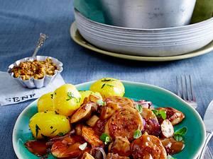 Weißwurst-Gulasch zu Petersilien-Kartoffeln Rezept