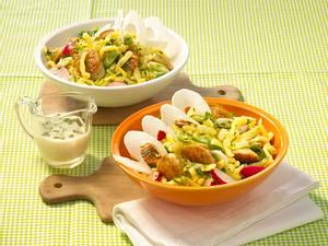 Weißwurst-Spätzle-Salat mit Senfvinaigrette Rezept
