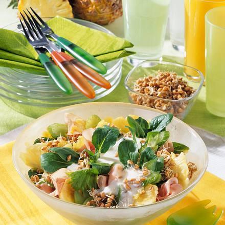 Weizenkeimlinge-Salat mit Joghurt-Soße Rezept