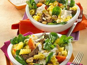 Winterlicher Nudelsalat mit Filet Rezept