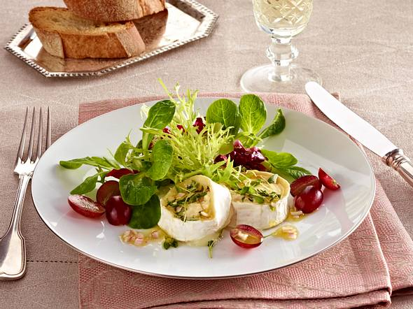 Winterlicher Salat mit überbackenem Ziegenkäse Rezept