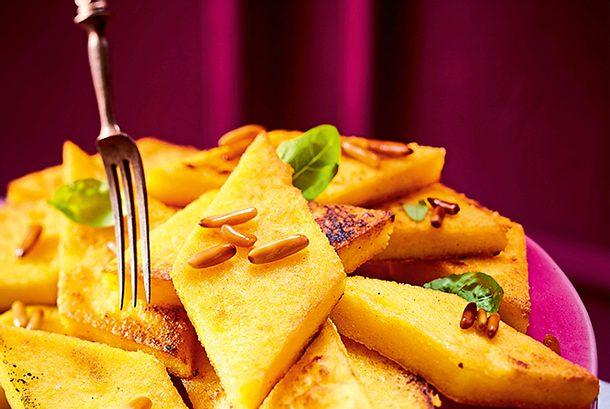 Würzige Maisecken mit Käse Rezept