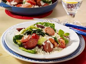 Wurstpfanne mit Wirsing und Reis Rezept