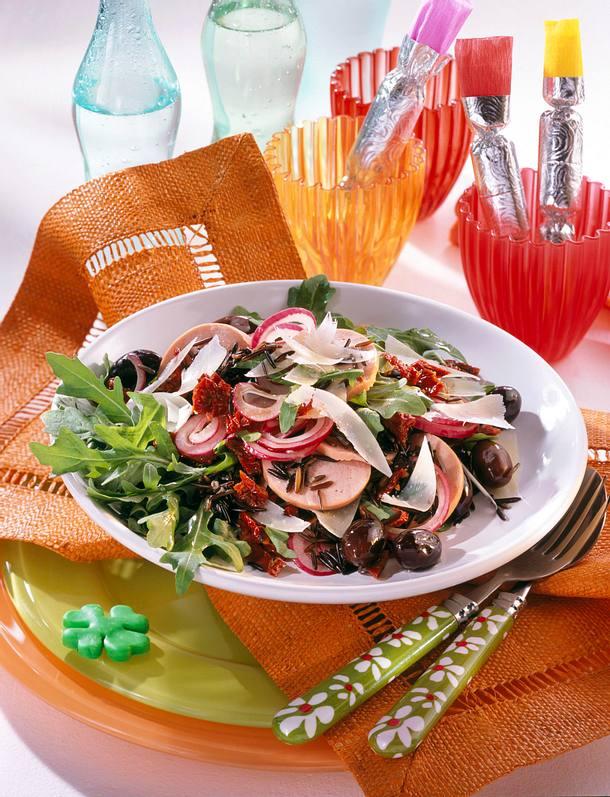 Wurstsalat mit Wildreis & Oliven Rezept