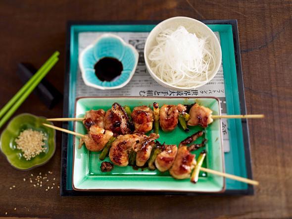 Yakitori-Spieße und Rettichsalat Rezept