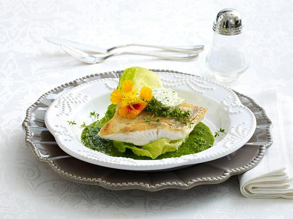 Zanderfilet auf Salat-Püree (Lea Linster) Rezept