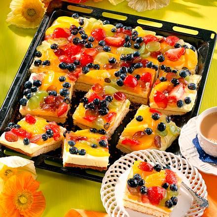 Zitronencreme-Obstkuchen vom Blech Rezept