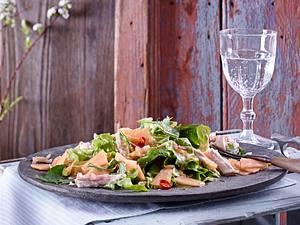 Zitronengras-Huhn in Backpapier gegart Rezept