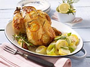 Zitronenhähnchen mit Béchamel-Kartoffeln und Porree Rezept