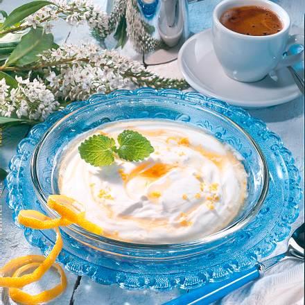 Zitronenjoghurt mit Honig Rezept