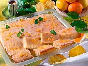 Zitronenkuchen vom Blech Rezept