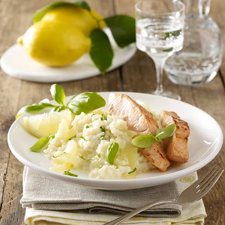 Zitronenrisotto zu gebratenem Lachsfilet Rezept