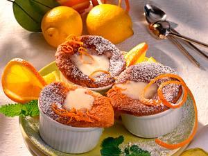 Zitronentörtchen mit Orangensoße Rezept