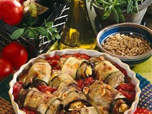 Zucchini-Auberginenröllchen Rezept