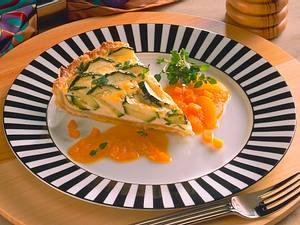 Zucchini-Quiche mit Möhren-Aprikosen-Soße Rezept