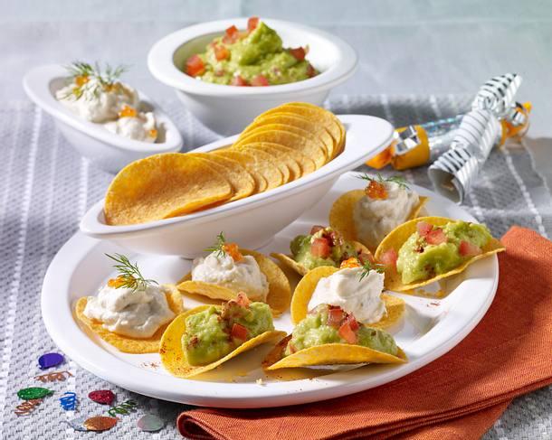 Zweierlei gefüllte Chipsletten mit Forellenfrischkäsecreme und Avocadocreme Rezept