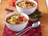 Zwiebelsuppe mit Raclette-Croûtons Rezept