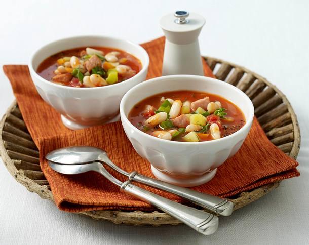 Serbische Bohnensuppe (bei Mutti essen) Rezept | LECKER