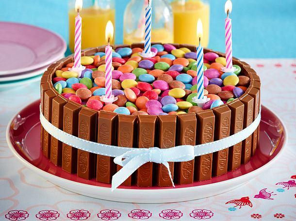 Bunte Schoko Knusperwaffel Torte Rezept Lecker
