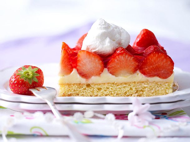 Erdbeer Pudding Schnitten Rezept Lecker