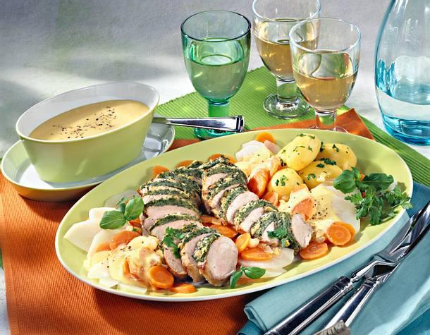 Feine Schweinefiletplatte Mit Möhren Kohlrabi Gemüse Und