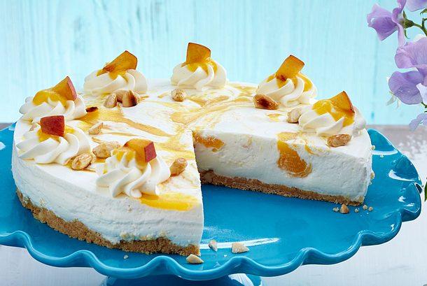 Buttermilch Pfirsich Torte Mit Mandeln Rezept Lecker