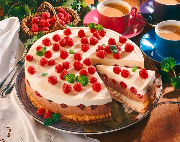 Himbeer Creme Torte Schnelle Variante Rezept Lecker