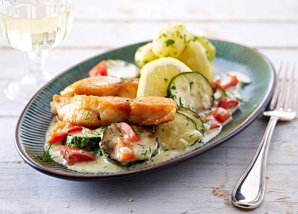 Schnelle Zucchini-Fisch-Pfanne Rezept | LECKER