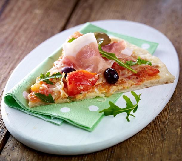 Schnelle Pizza Mit Schinken Rucola Rezept Lecker