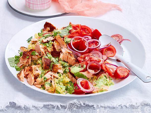 Top Würzlachs auf Kräuter-Bulgur-Salat Rezept   LECKER &HH_59