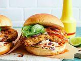 Crispy aus dem Ofen: Chicken-Burger Rezept