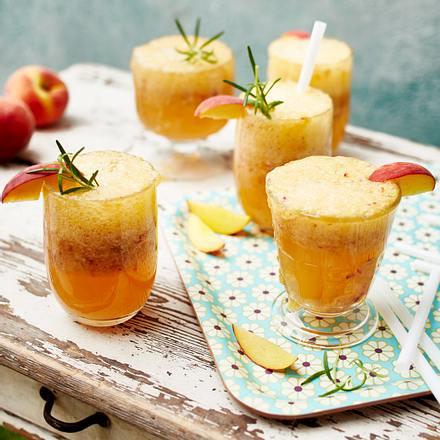 """""""Let the evening be Gin"""" Peach-Fizz Rezept"""