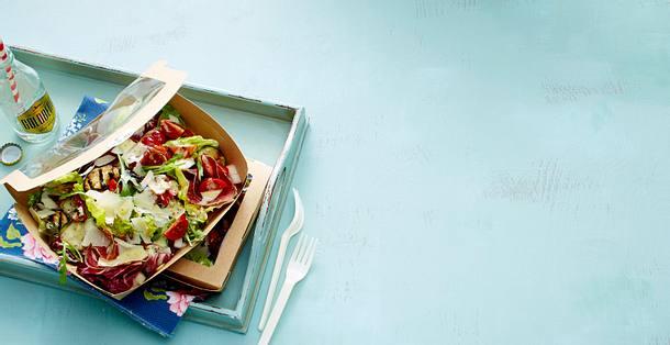 """""""Sweet as Summer""""-Salat mit Zitronen-Kräuter-Dressing Rezept"""