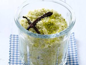 1 Glas Zucker mit gemahlenen Pistazien und Vanilleschoten Rezept