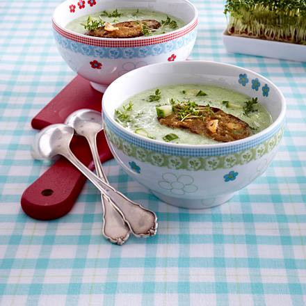 15-Minuten-Suppe mit Zucchini & Röstbrot Rezept
