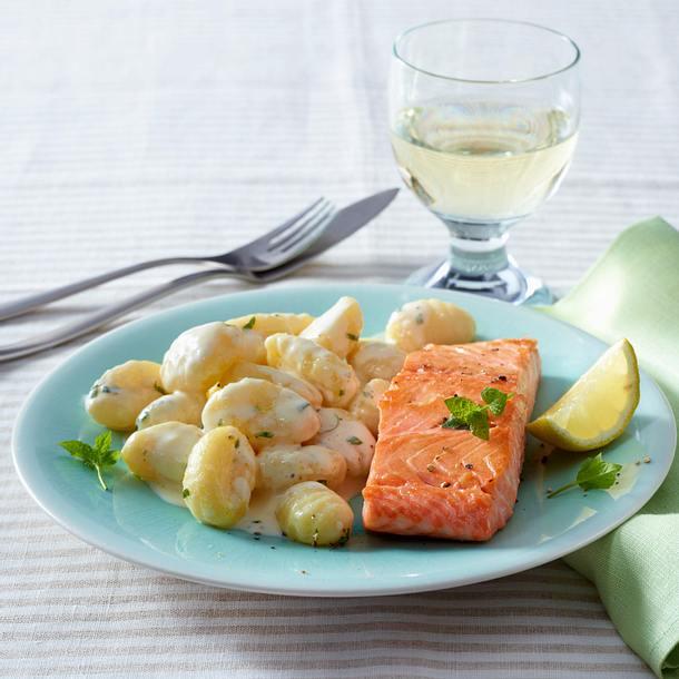 20-Minuten-Zitronen-Gnocchi mit Lachs Rezept