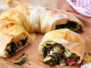 5-Zutaten-Tortano mit Spinat-Käsefüllung Rezept