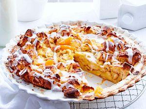 Aprikosen-Brot-Pudding mit Kokosguss Rezept