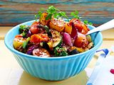 Baked-Potato-Salat mit buntem Sommergemüse Rezept