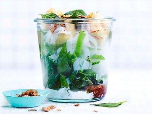 Cremige Pho mit Tofu-Puffs Rezept