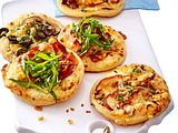 "Dreierlei Mini-Pizzen ""Take it cheesy"" Rezept"