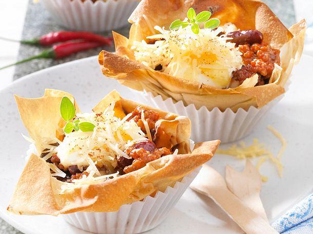 Chili con Carne in Strudelteig-Muffins Rezept
