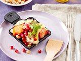 Raclette mit Lachs und Granatapfel Rezept