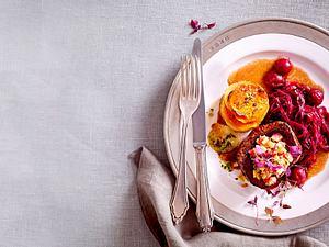 Rinderfilet und Süßkartoffelmuffins an Spekulatius-Rotkohl Rezept