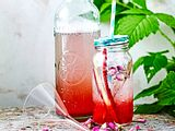 Rosiger Sirup für Süßes und Saftiges Rezept